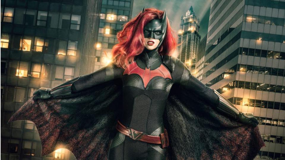 DC Surprises Fans With 'Batwoman'