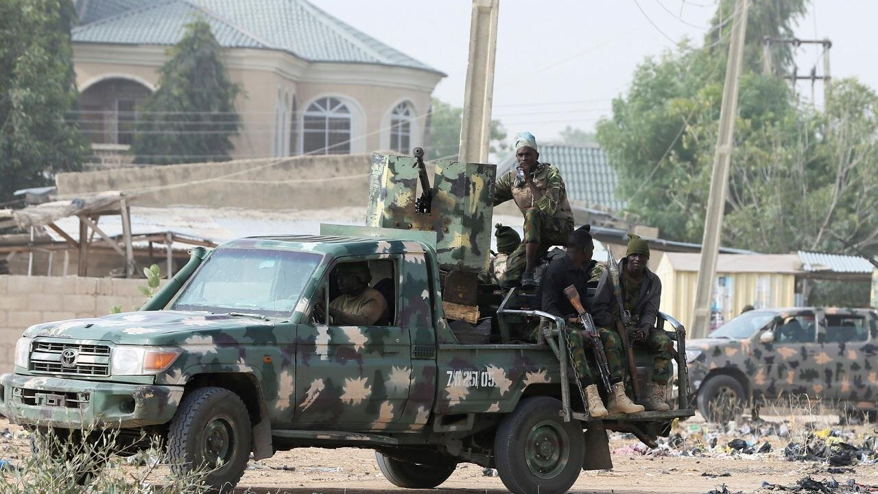 BREAKING: Nigerian Army Deploys Snipers On Rooftops To Kill Protesters