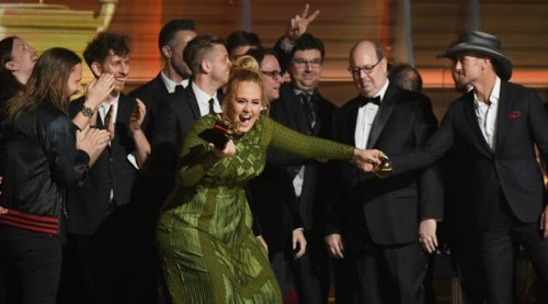 Adele Broke Her Album Of The Year Grammy To Give Beyonce The Other Half