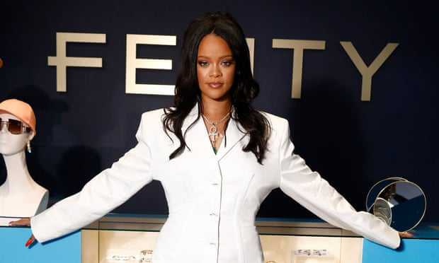 Rihanna Becomes World's Richest Female Musician, Knocks Off Beyonce