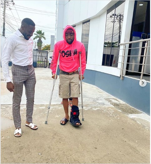 Davido Now Walks With Clutches - See Photos