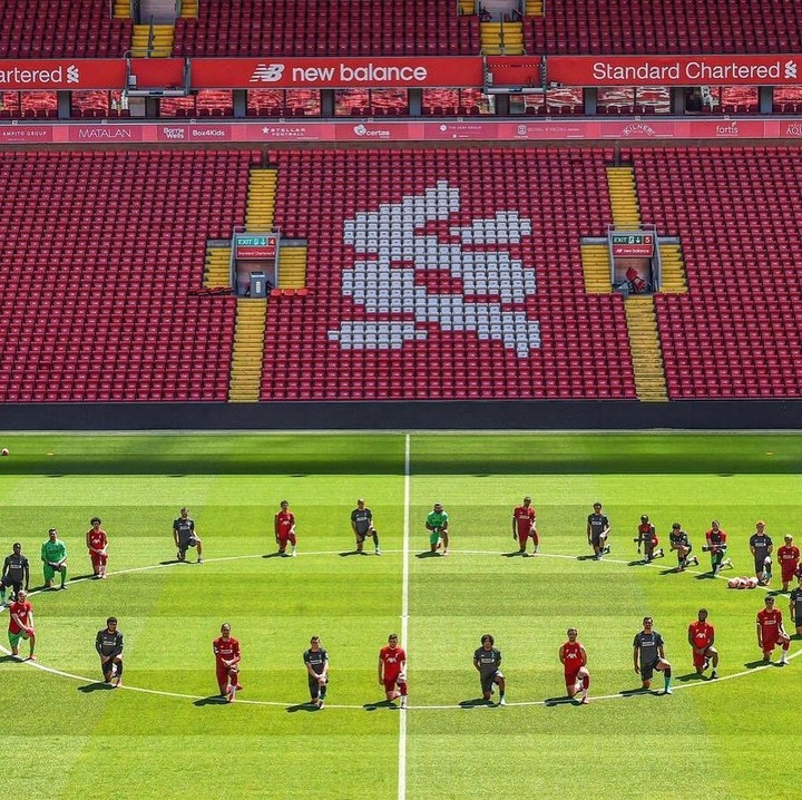 Liverpool Squad Knelt Down To Honour George Floyd