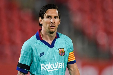 Messi Signs New 3-Year Deal With Barcelona Till 2023