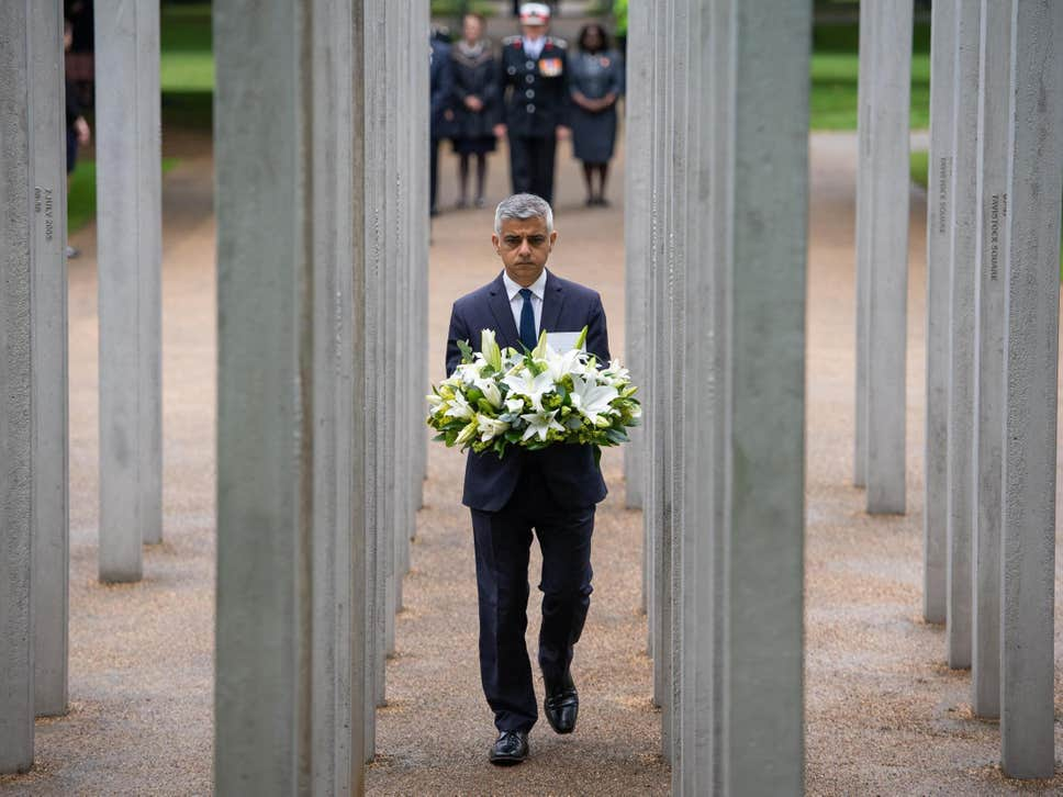 Major Honors Victims Of 7/7 London Bombings