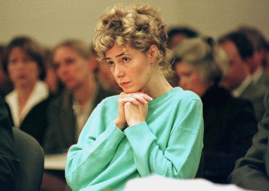Mary Kay Letourneau, Female Teacher Who Raped 13-Year-Old Student and Then Married Him, Dies of Cancer