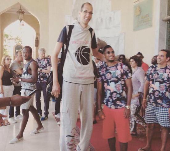 Samuel Eto'o with World's Tallest Man