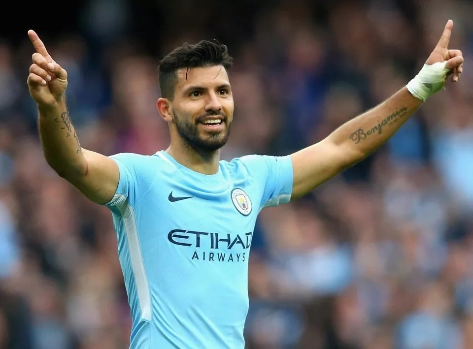 """""""Aguero is the only World class striker in Premier League"""" - Thierry Henry"""