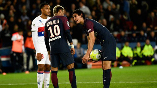 PSG coach, Emery raises his opinion on penalty fight between Cavani, Neymar