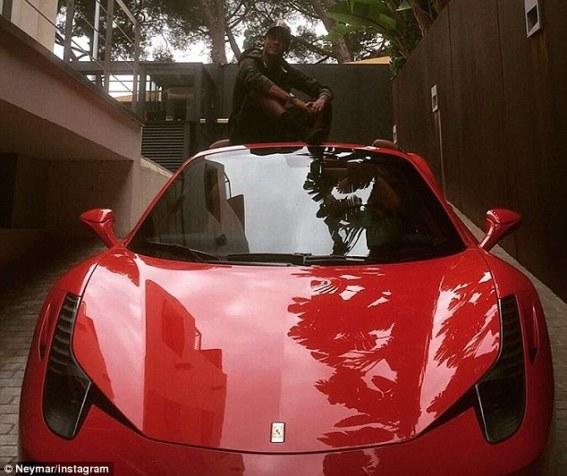 Checkout Neymar's $200k Ferrari 458 Spider