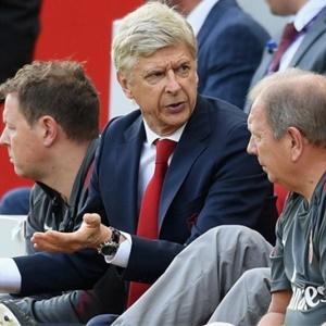'Unacceptable', Arsenal Blasts Arsene Wenger