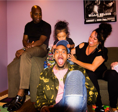 Chris Brown takes daughter Royalty to his parents in Virginia