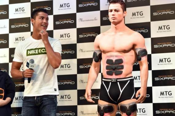 Ronaldo vs clone in Tokyo