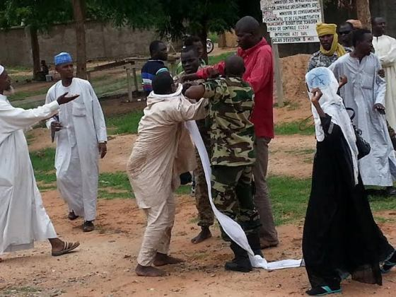 Army officers fight in Chad over wife and hijab