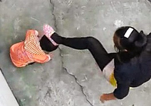 Chinese Woman Abuses Toddler for Wetting Herself