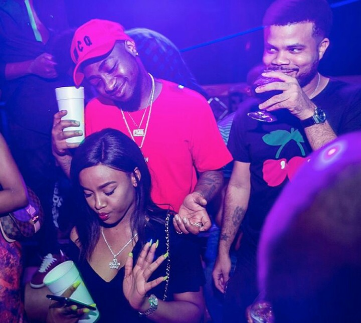 PHOTO: Davido and Chioma Chilling Inside An Owerri Club