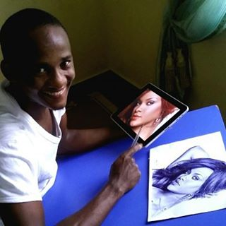 This Nigerian can draw anything with an ink pen
