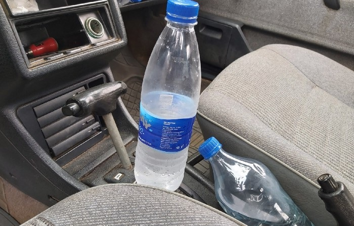 See How Leaving Bottled Water Inside Car Can Start Fire - HEALTH